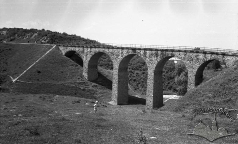 Tak wyglądał oryginalny wiadukt, który niestety został również zburzony