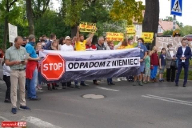Protest w Mirsku. Stanowcze NIE dla odpadów z Niemiec 34