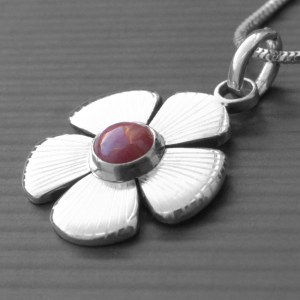 Daisy Birthstone Necklace