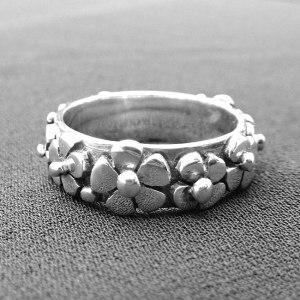 Daisies Ring