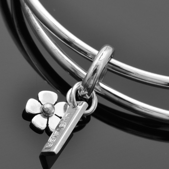 Daisy Bangle Charm