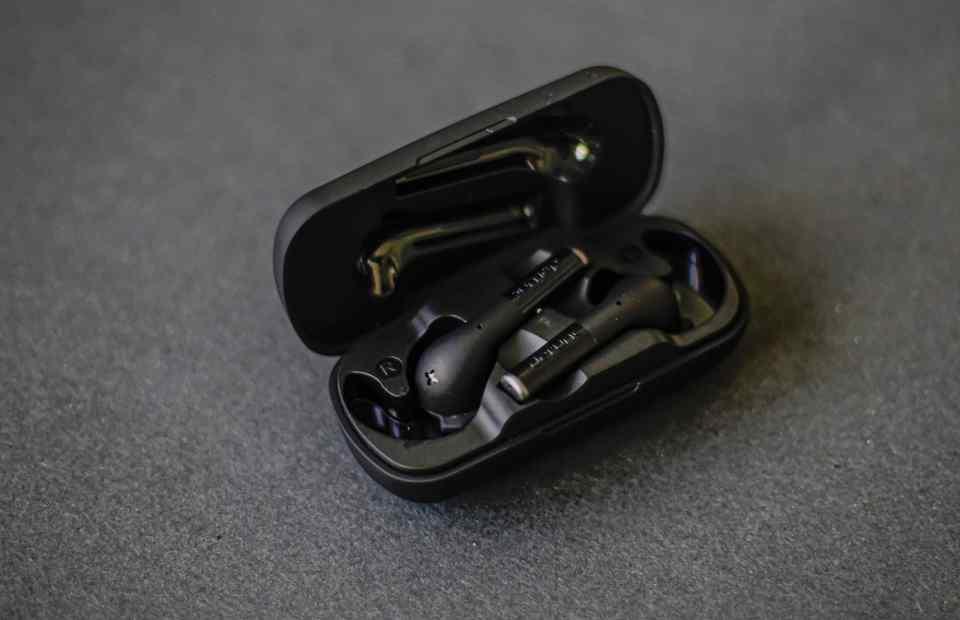 defunc true plus earphones 3