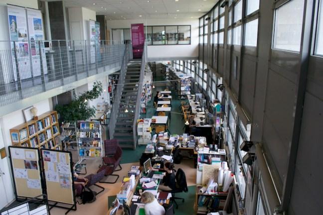 Centre de Documentation et d'information du lycée La Fayette, à Clermont-Ferrand. Photo par Eddy Rosambert