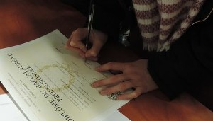 remise_diplome_2016_signature
