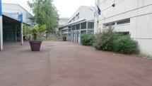 L'entrée du lycée