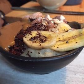 Oatmeal with chocolate and banana