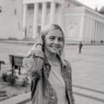 """Ieva Krivickaitė – socialinių akcijų iniciatorė, gerumo fono """"ne apie mane"""" kūrėja."""