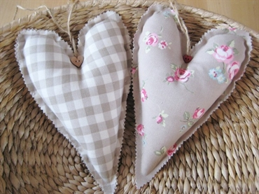 You can also create your own fabric hearts. Choose your material and print or draw a heart template, sew together then add any embellishments like buttons, ribbons and beads or keep plain!