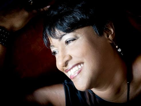FEATURE: Vanessa Rubin (Pizza Pheasantry 21-23 November 2019)