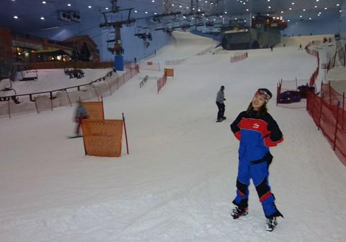 Everyone is provided the SkiDubai Ski Wear, that's me in my oversize one