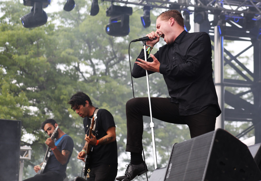 Deafheaven - Photo by Robert Loerzel