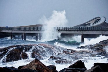Driving Norway's Dangerous Atlantic Ocean Road