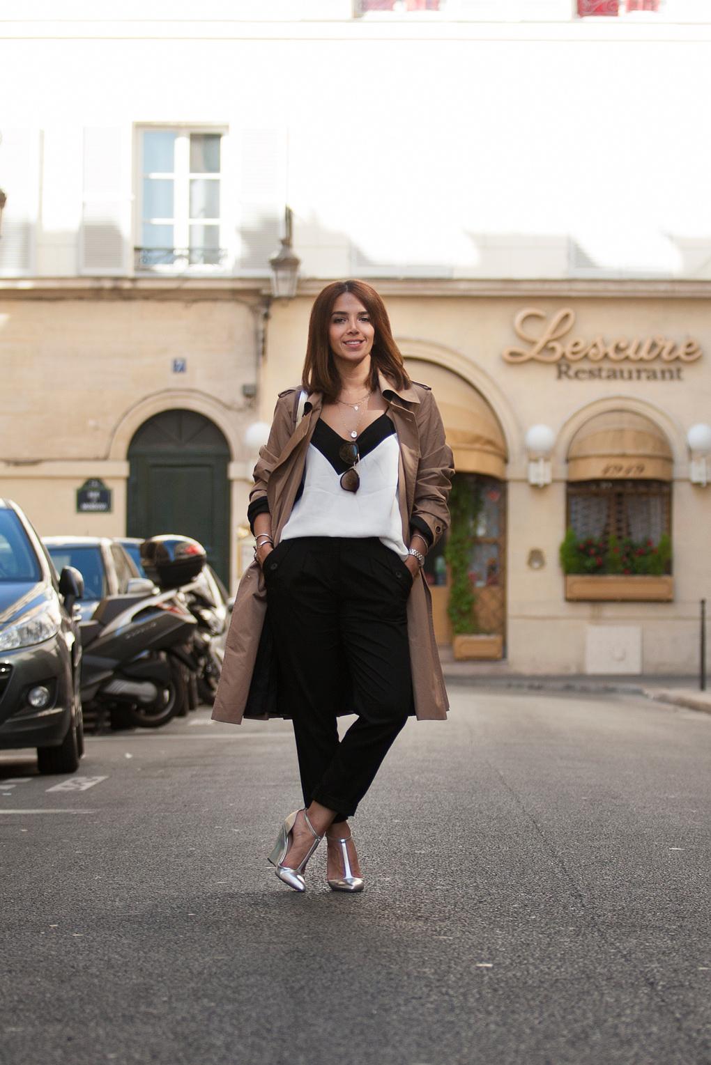 Lyla_Loves_Fashion_Escada_Trench_coat_Paris_Fashion_Week_1256