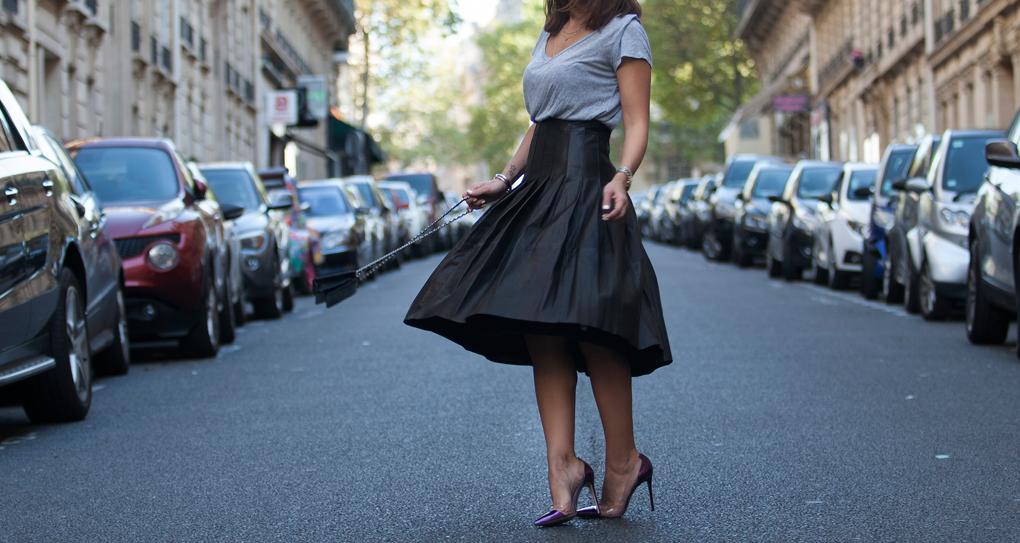 Lyla_Loves_Fashion_Leather_Skirt_Chanel_Paris_Fashion_Week_Street_Style_1557