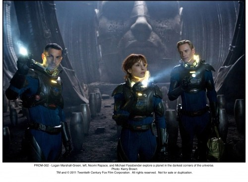 charlie-shaw-and-david-explore-in-prometheus1