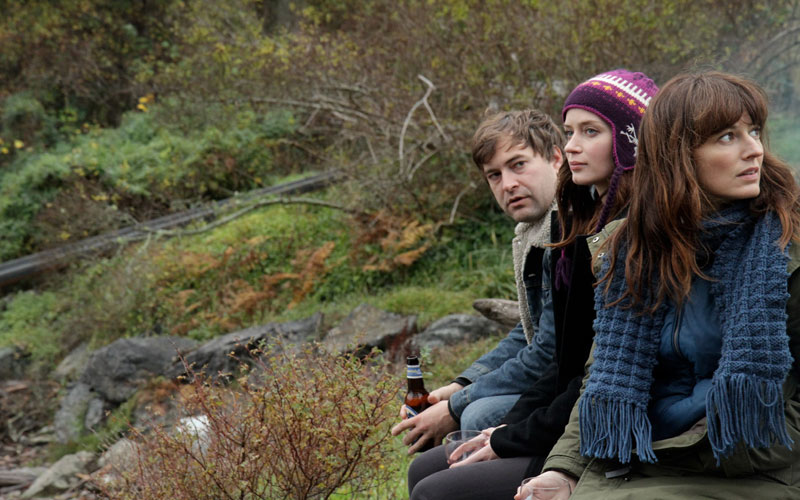 your sister's sister = mark duplass, emily blunt and rosemary dewitt