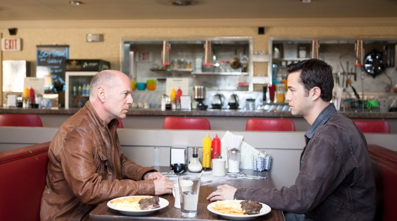 bruce-willis-and-joseph-gordon-levett-in-looper.