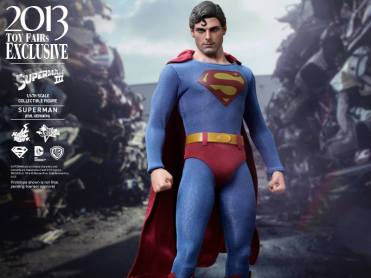Hot Toys Superman III Evil Superman costume shot