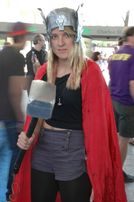 Baltimore Comic Con 2013 - Thor