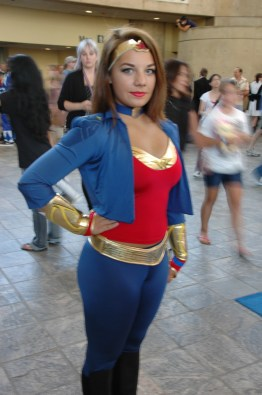 Baltimore Comic Con 2013 - Wonder Woman 52