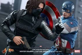 Hot Toys Captain America The Winter Soldier - Cap vs Winter Soldier2