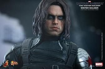 Hot Toys Captain America The Winter Soldier - Winter Soldier close up profile