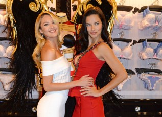 victorias-secret-london-victorias-secret-angels-candice-swanepoel-and-adriana-lima-close-up