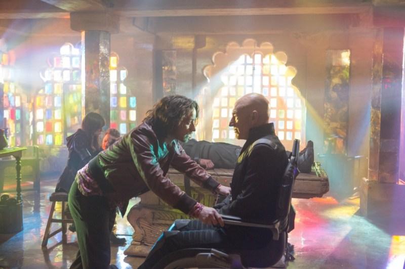 x-men-days-of-future-past-James McAvoy and Patrick Stewart as Professor Xavier_rgb
