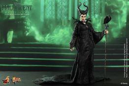 Hot Toys Maleficent with green smoke