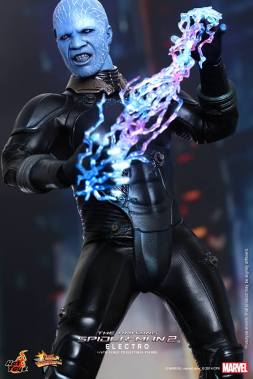 Hot Toys The Amazing Spider-Man 2 - Electro channeling lighting bolts