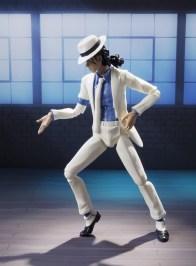 SH Figuarts Michael Jackson - Smooth Criminal figure dancing