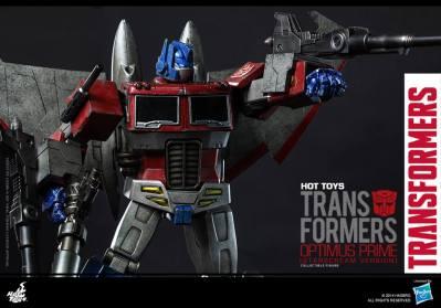 Hot Toys Gen 1 Optimus Prime - Starscream variant - aiming