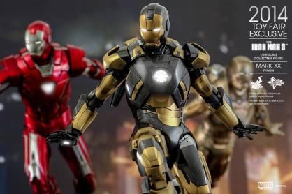 Hot Toys Iron Man Mark XX Python Armor - with armada close up