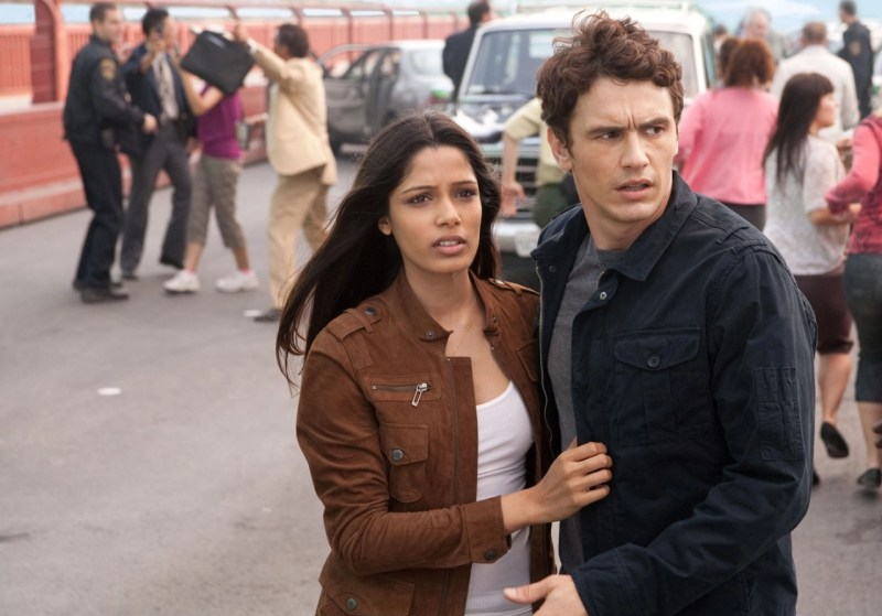 Rise-of-the-Planet-of-the-Apes-Frieda Pinto and James Franco