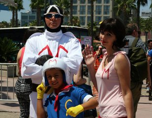 SDCC2014 cosplay - Racer X, Speed Racer and Mom Racer