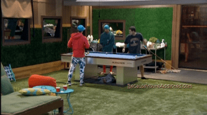 bb16 derrick and frankie tell caleb zach is leaving