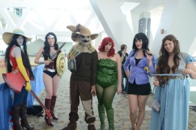 Baltimore Comic Con 2014 - group Wonder Woman, Scarecrow, Poison Ivy, Lois Lane