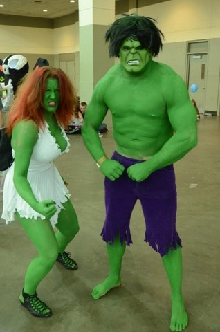 Baltimore Comic Con 2014 - She-Hulk and Hulk