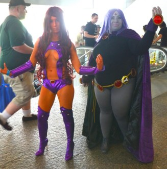 Baltimore Comic Con 2014 - Starfire and Raven