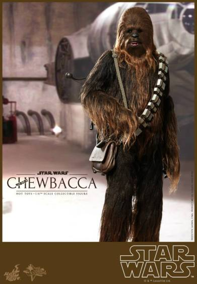 Hot Toys Star Wars Chewbacca - holding ammo belt