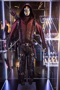 Arrow-season-3-episode-2-Arsenal-costume