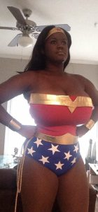 Cosplay C - Venus Noire as Wonder Woman