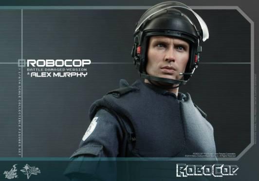 Hot Toys Robocop and Alex Murphy set - Murphy with helmet