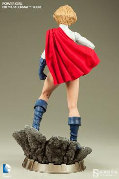 Sideshow Collectibles Power Girl - rear shot