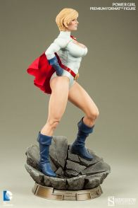 Sideshow Collectibles Power Girl - side standing