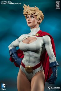 Sideshow Collectibles Power Girl - variant head side