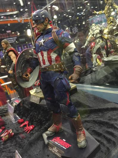 Hot Toys Age of Ultron Avengers figures - Captain America side