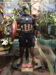 Hot Toys Age of Ultron Avengers figures - Captain America