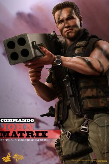 Hot Toys Commando - John Matrix figure - holding rocket launcher