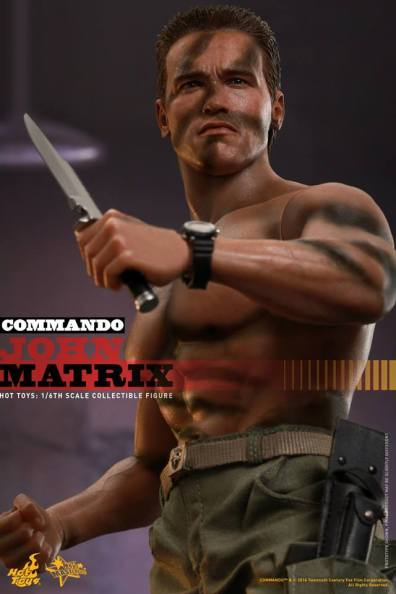 Hot Toys Commando - John Matrix figure - shirtless with knife